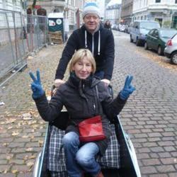 WM-Quiz: Frau von Seth löst den Gewinn ein!